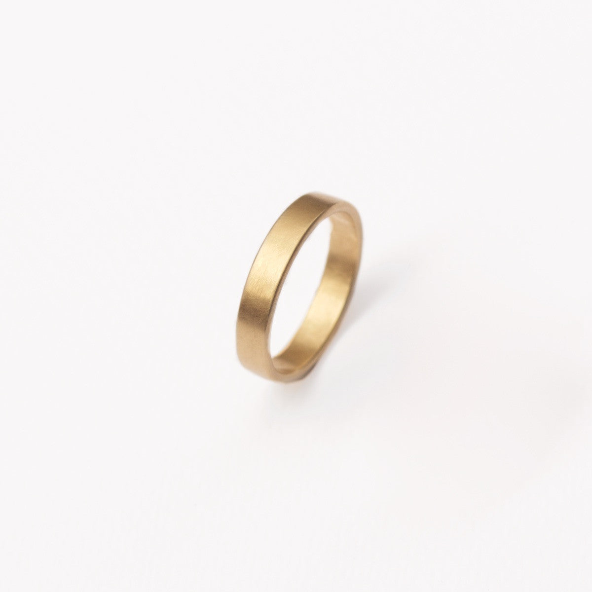 'Obround' Men's Fairtrade Gold Wedding Ring