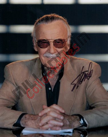 Stan Lee - Stan at the Desk