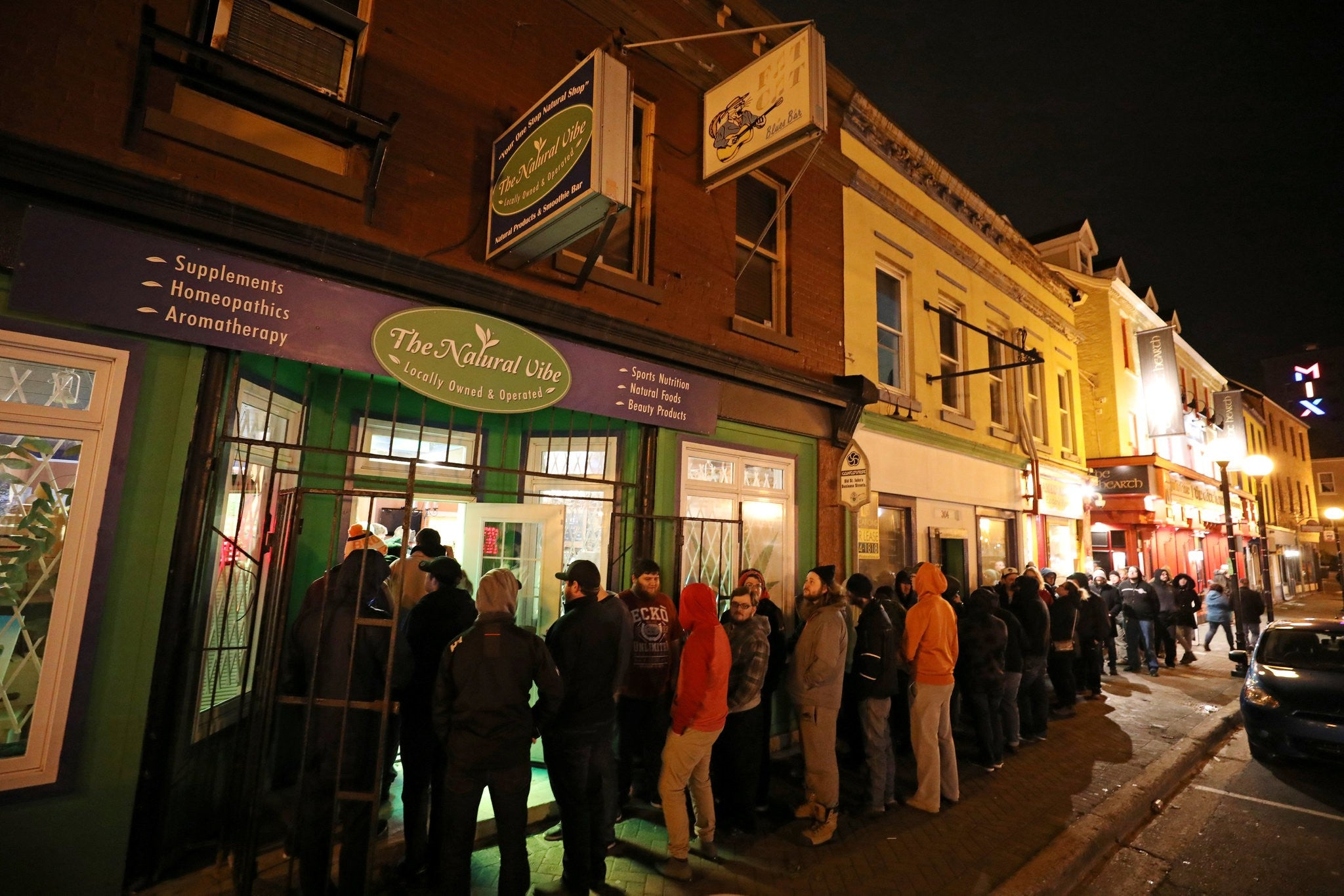 Canadians Line up For First Legal Purchases