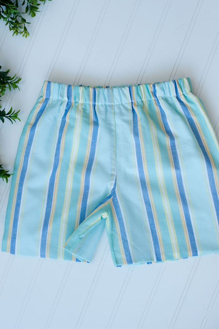 Boy Plain Short in Aqua Sea Island, Fully Lined