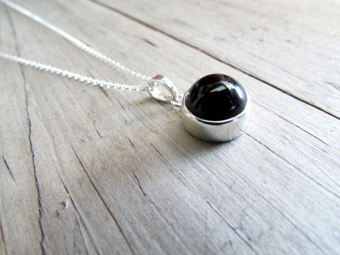 Onyx necklace 12mm