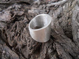 Wide tapered ring