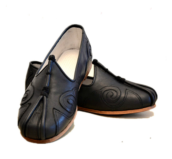 Wudang Black Hand-Sewn Leather Sole Tai Chi Shoes [All Sizes]