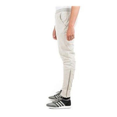 Last 10 x adidas Originals Modern Football Trousers Men's AB7633 rrp£70 Was £18.29 Now £15.39