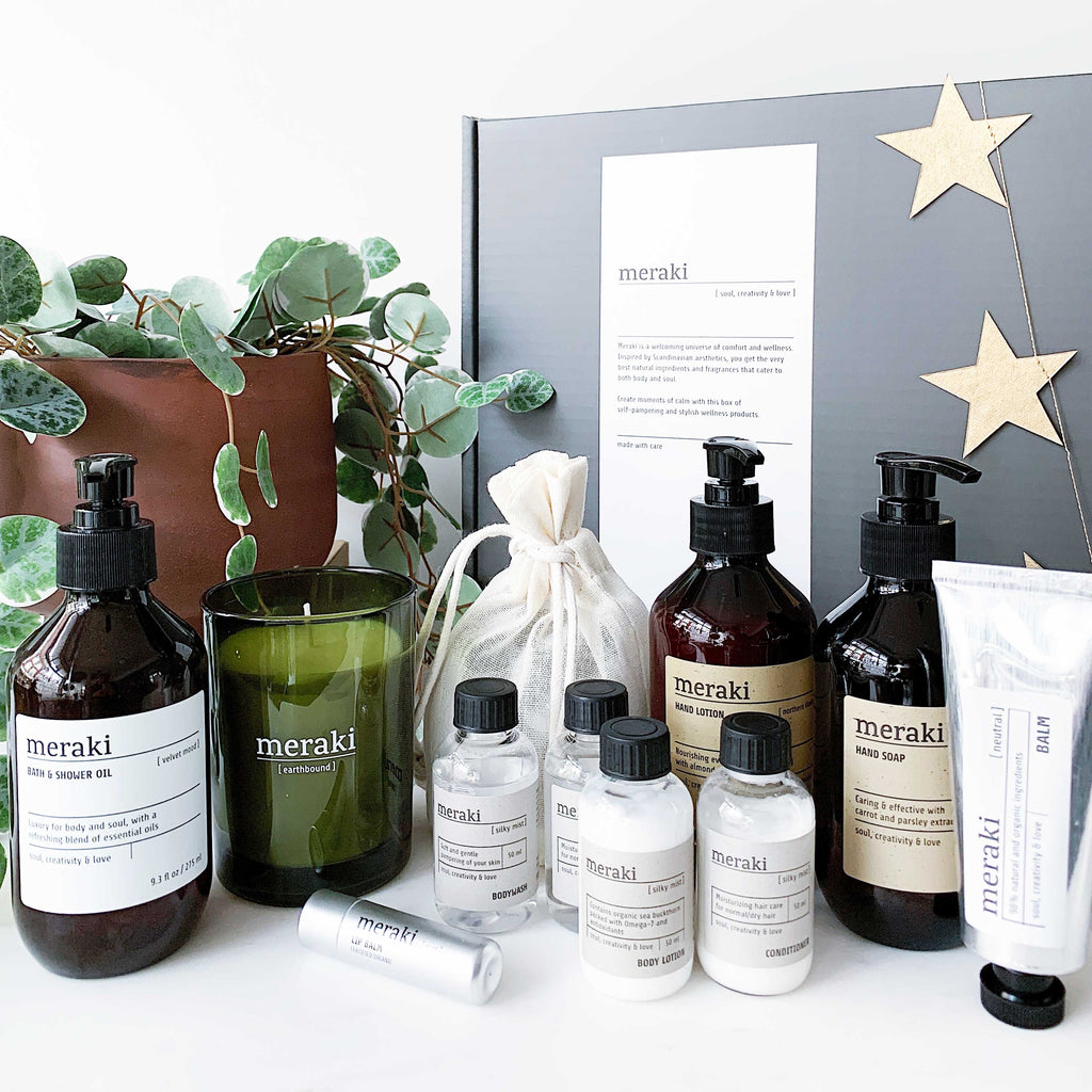 Scandi Wellbeing Gift Box No. 2 - Organic + With Essential Oils (Large)