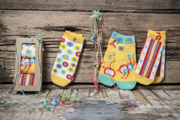 3 pair girls' and boys' gift box is circus themed with fun overlapping designs