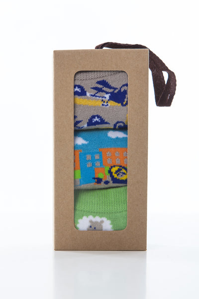 3 pair snowflakes and sunflowers gift box perfect for boys who love cars