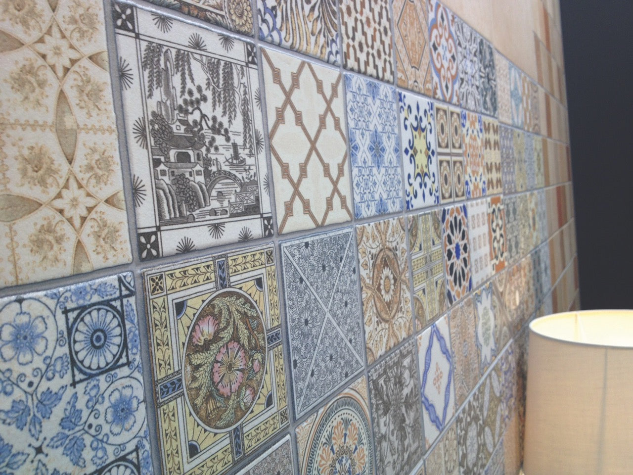 Vintage Style Pattern Wall Tiles that can be used as kitchen splash back tiles