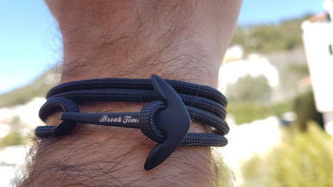 Split by Break Time Croatia - all black anchor bracelet - waterproof