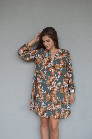 Girl For All Seasons Floral Dress