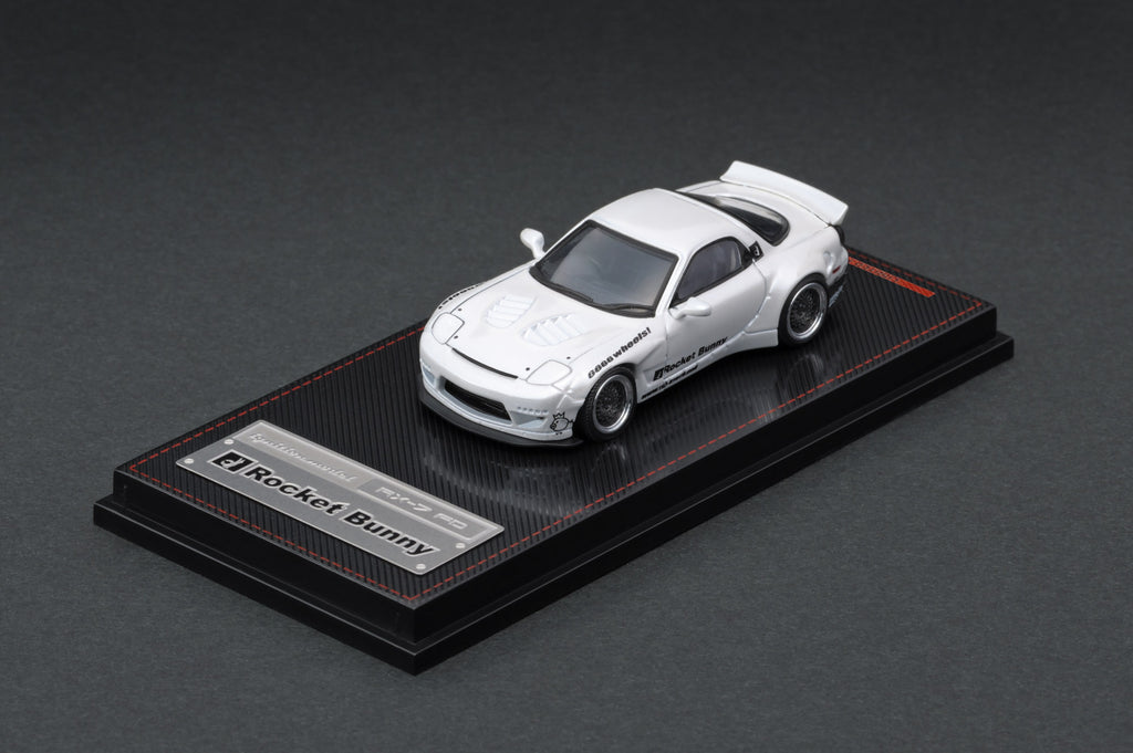 Ignition Model 1/64 Rocket Bunny RX-7 (FD3S) White