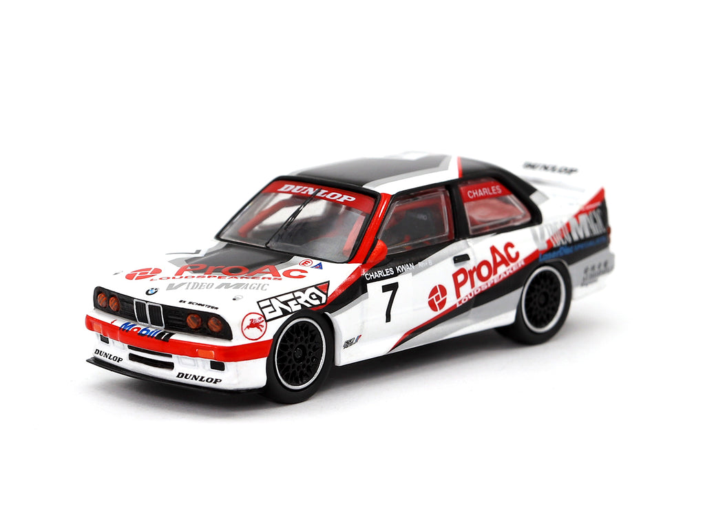 Tarmac Works 1/64 BMW M3 E30 Macau Cup Race 1992 Winner Charles Kwan - Hong Kong Exclusive Model
