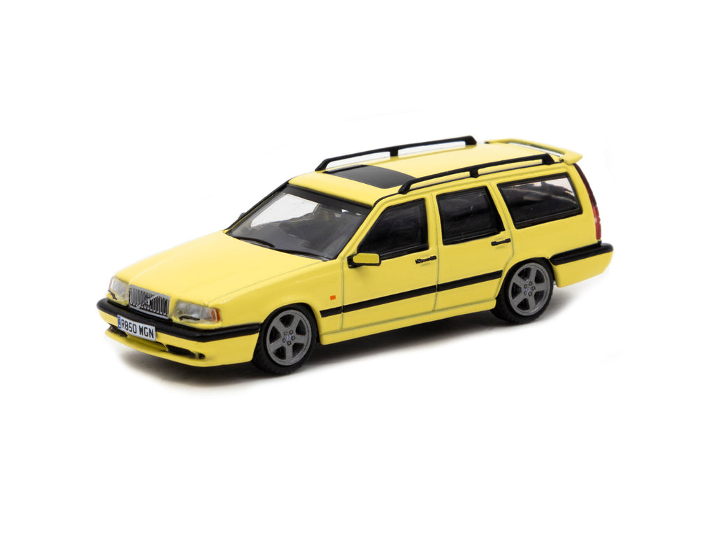 Tarmac Works 1/64 Volvo 850 T-5R Estate Yellow - ROAD64