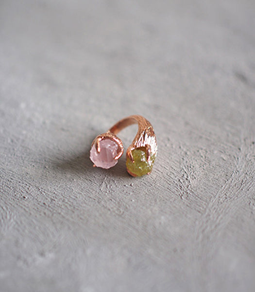 2 Head Ring - Rose Quartz and Green Garnet
