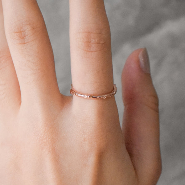 Simple Rain Ring - Rose Gold