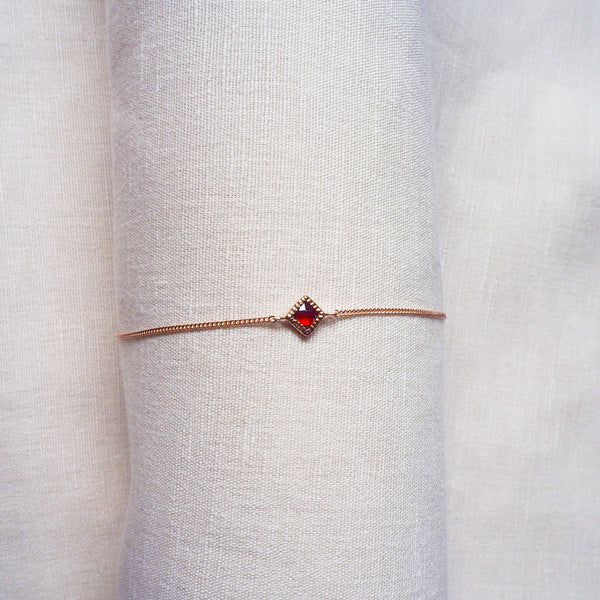 Ever Bracelet - Red Garnet in Rose Gold
