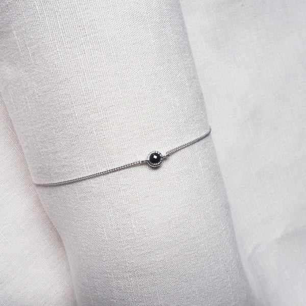 Ever Bracelet (Round) - Black Onyx in 925 Silver