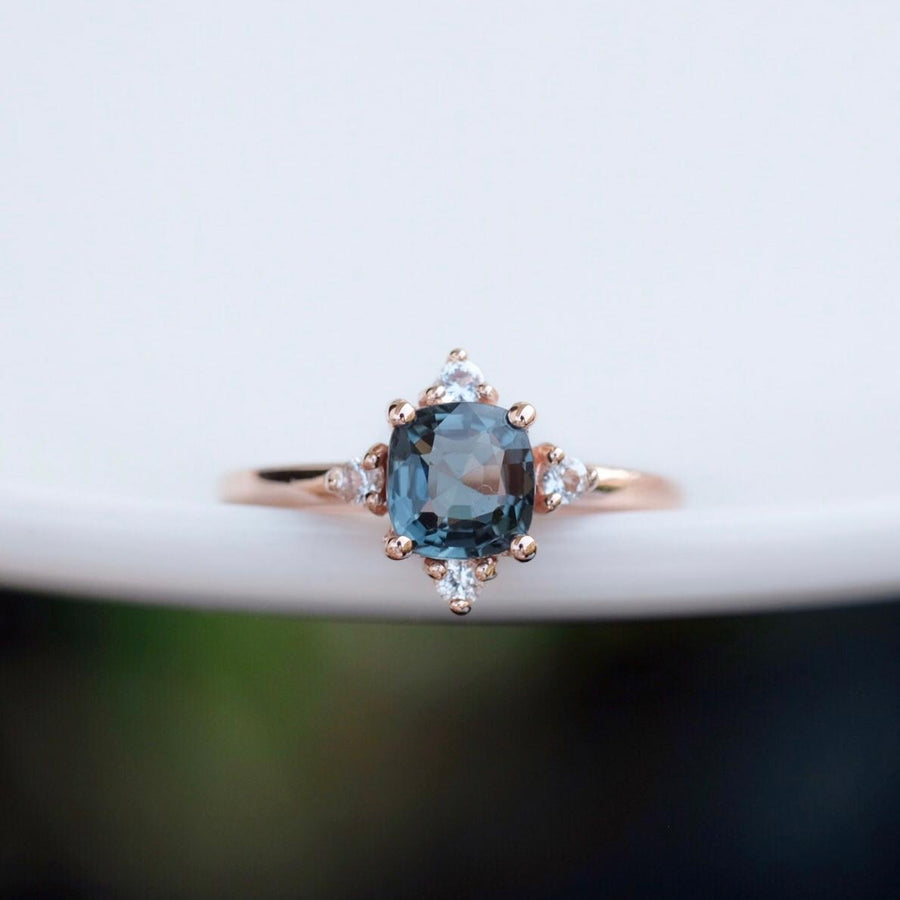 EIRA Ring - Greyish Blue Spinel