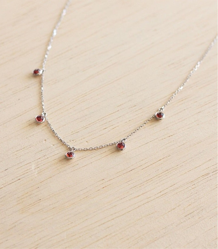 Aria pendant - Red Garnet in Silver