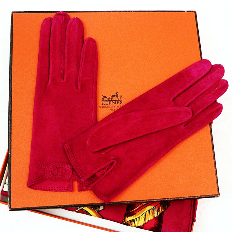HERMES Suede Gloves and Coordinating La Comedie Italienne Silk Carre