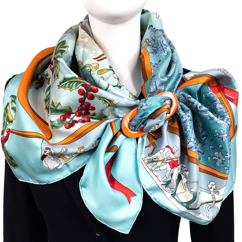 Grand Luxe reversible Horn Scarf ring with Neige d'Antan HERMES Scarf
