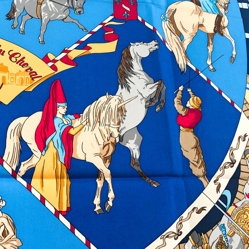 Musee Vivant du Cheval (Chantilly) Hermes scarf close up of Arabian horses