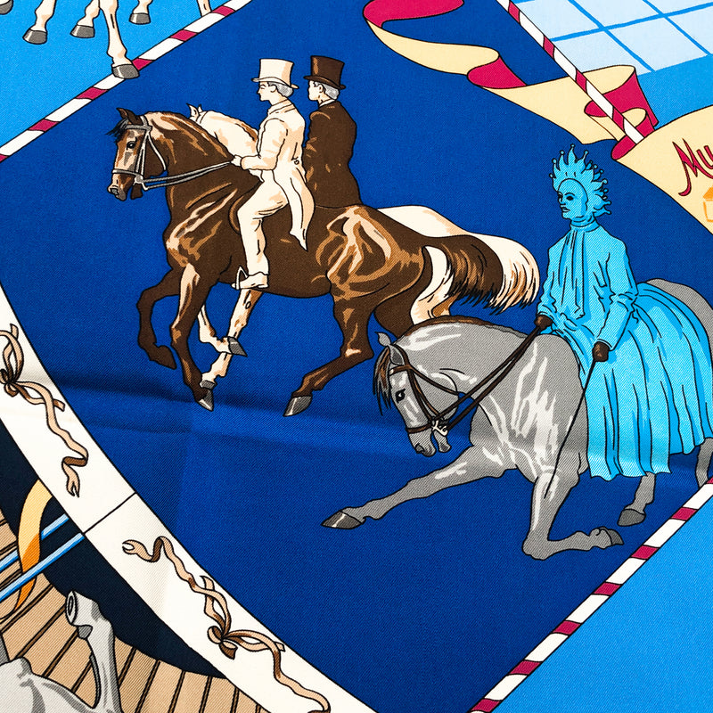 Musee Vivant du Cheval (Chantilly) Hermes scarf close up of riders on horseback