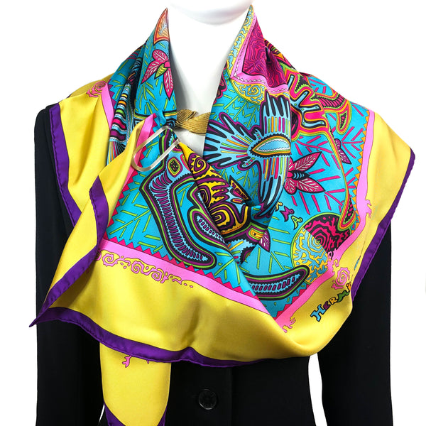 Legende Kuna Peuple de Panama Hermes Scarf by Pauwels 90 cm Silk