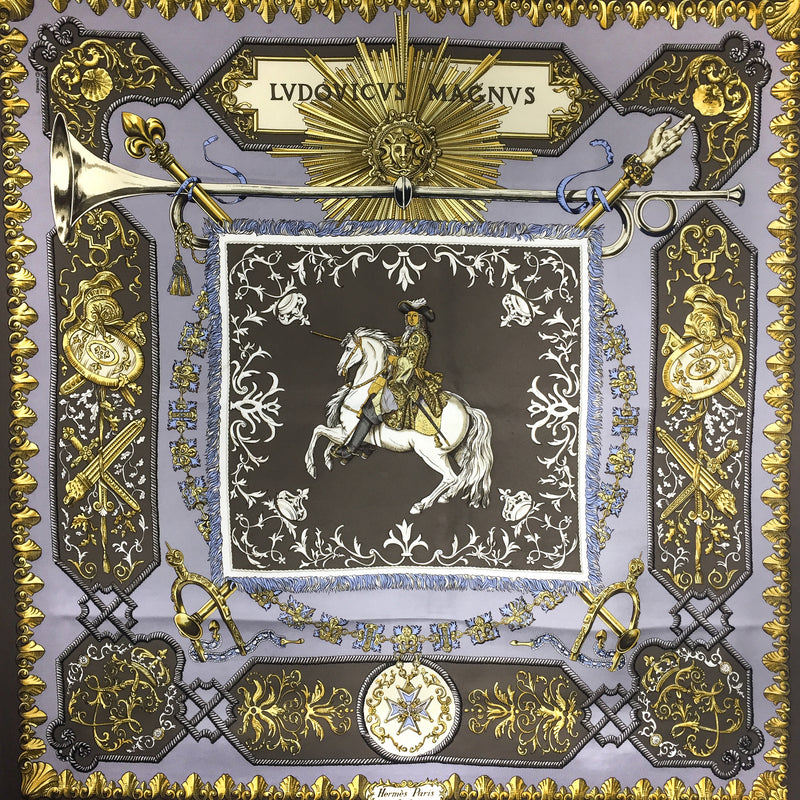 Ludovicus Magnus HERMES Silk Scarf in lilac and gray