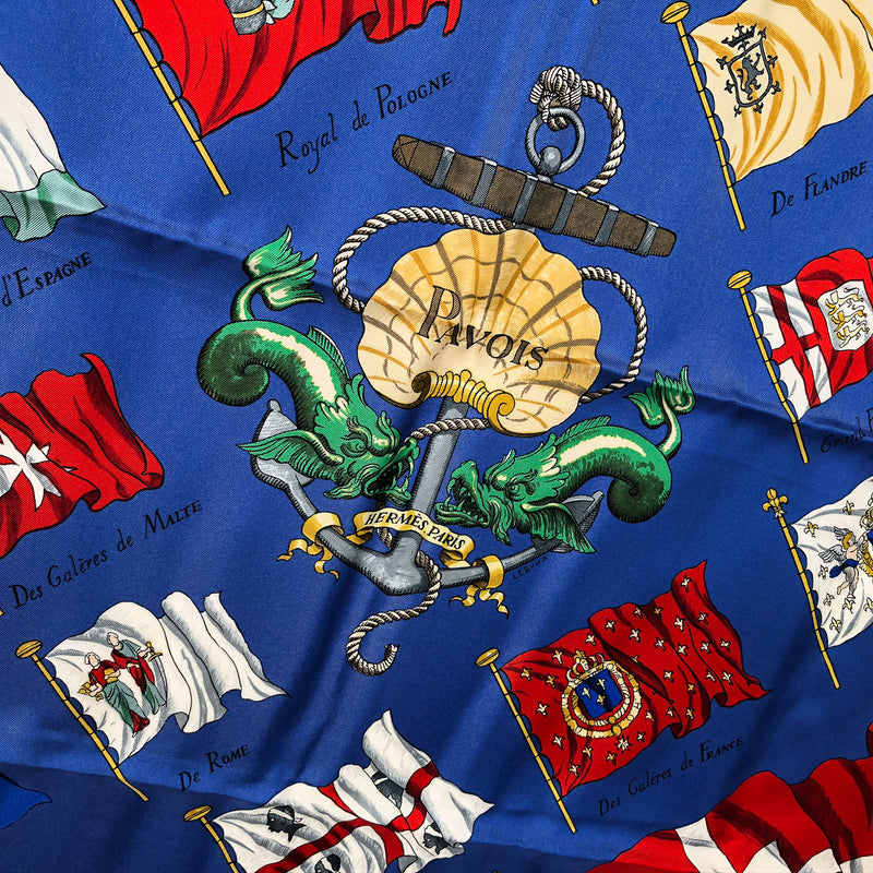 Pavois Hermes Silk Scarf - close up of center of scarf