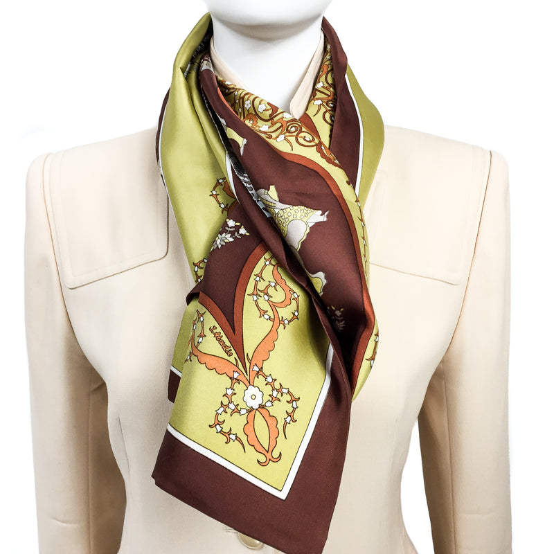 Poésie Persane Hermes silk twill reversible shawl or Opera Scarf (100% silk) was designed by Julia Abadie in 1988