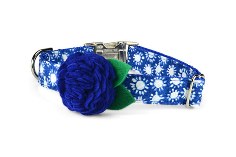 Indigo Sunburst Bloom Dog Collar w/ Dark Blue Bloom