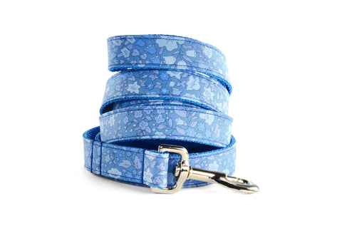 New! Periwinkle Floral Dog Leash