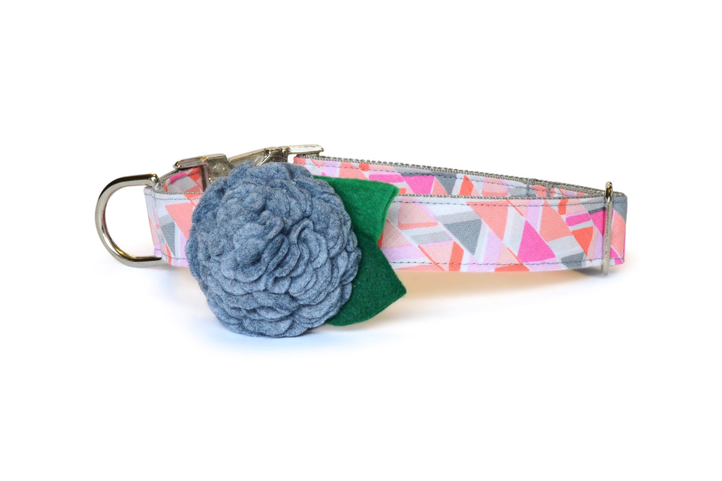 New! The Emmy Bloom Dog Collar w/ Gray Bloom