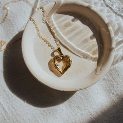 gold heart necklace | angel love