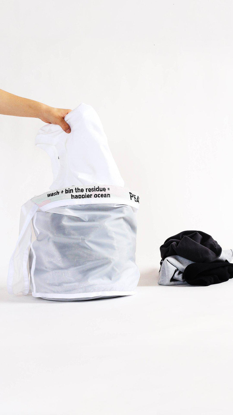 Microplastic Filtering Wash Bag
