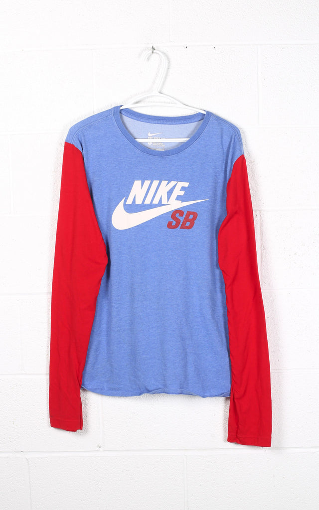 Vintage Nike Long Sleeve Tee
