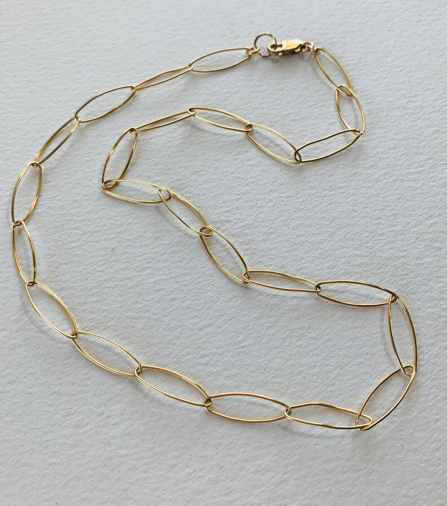 Light oval chain . 14k gold fill . Length 16""