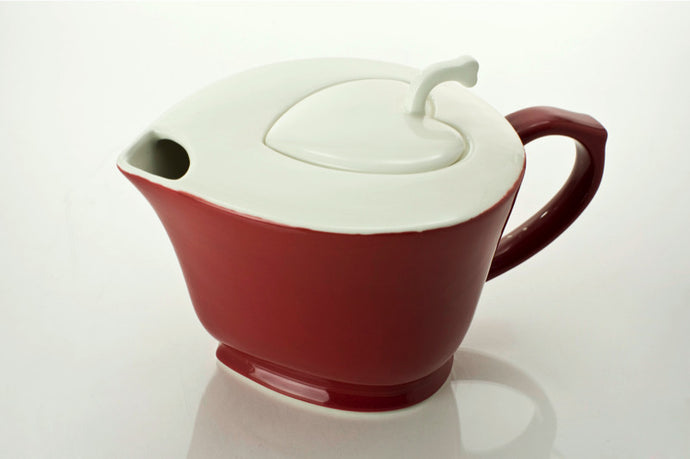 Inside Out Heart Teapot  32.0 oz