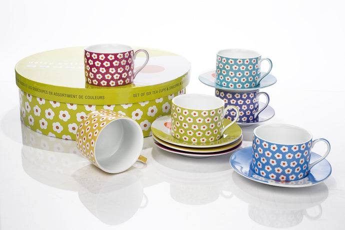 Assorted Daisy Tea Set
