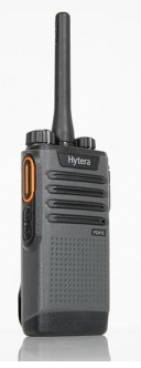 HYTERA PD415 ANALOGUE / DIGITAL RADIO & CHARGER