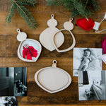 Christmas Bulb Frame Ornament kit