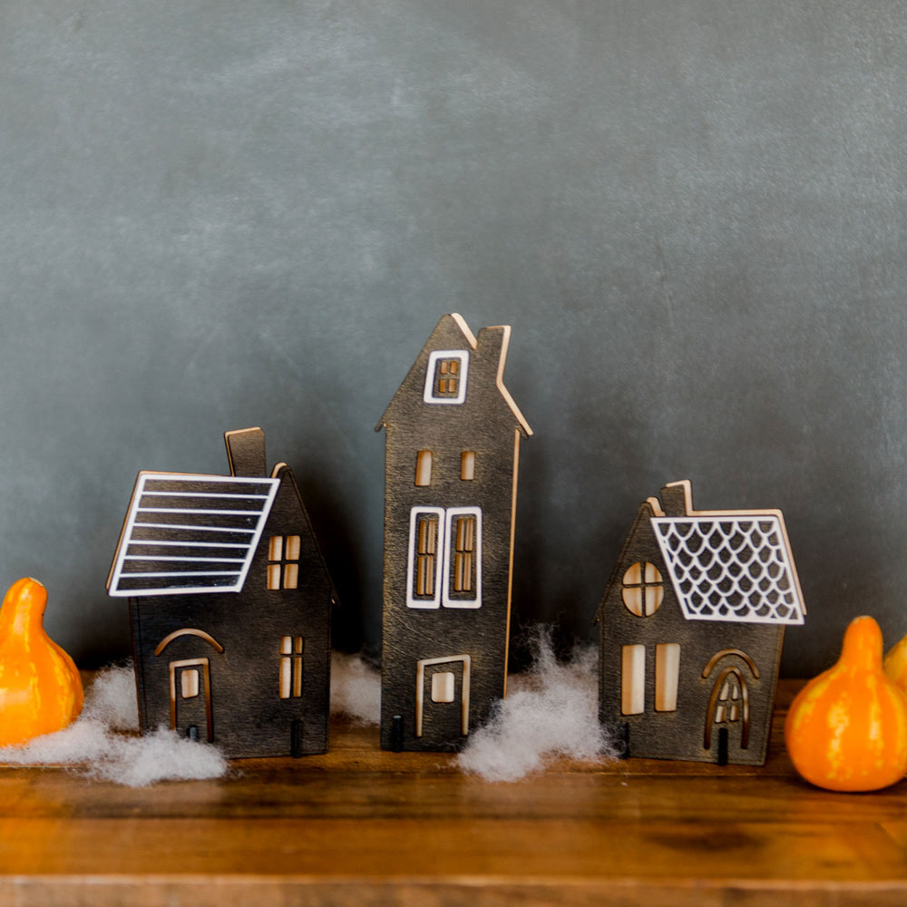 Halloween house luminaries