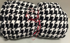 Houndstooth Plush Blanket