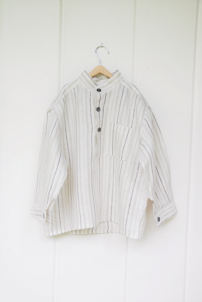 Kid Farmer - linen shirt (6 & 10 years left)