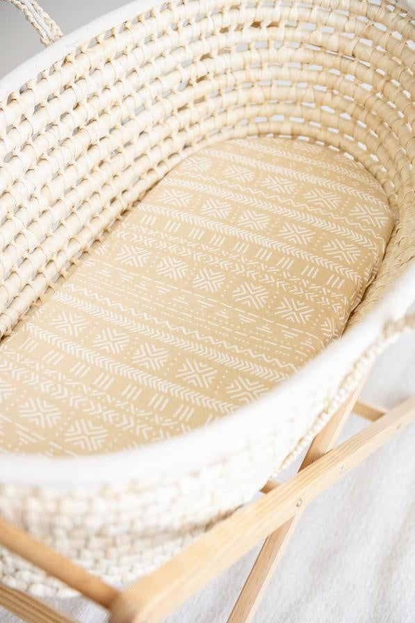 KIIN BABY - ORGANIC JERSEY COTTON AND BAMBOO FITTED MOSES BASKET SHEET