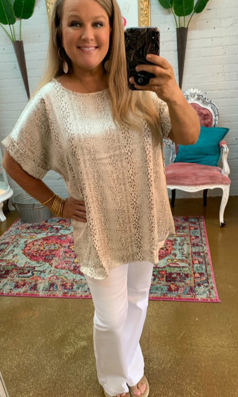 The Slinky Dot Top in Taupe