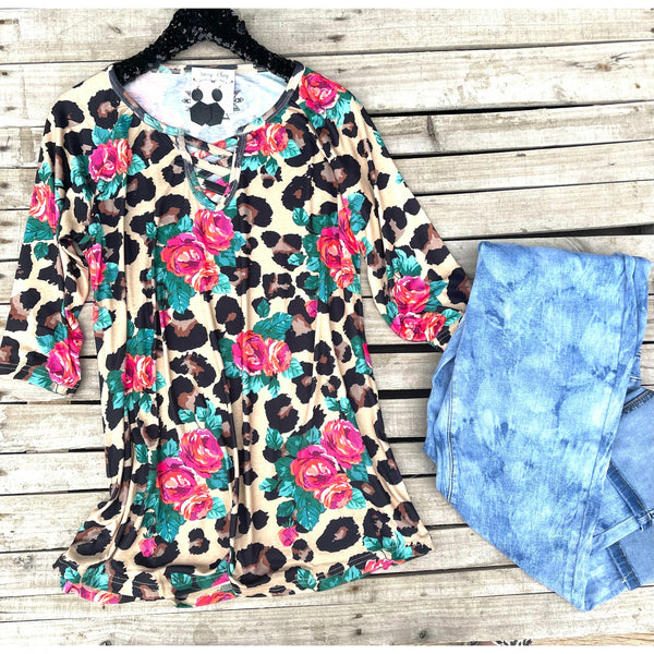 3/4 sleeve leopard floral top