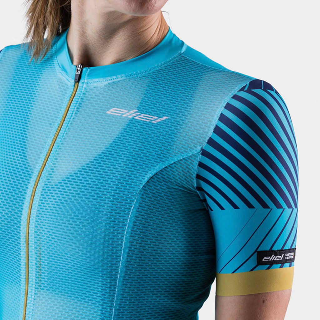 women's lightweight cycling jersey