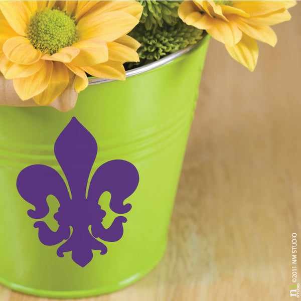 Robertson Fleur de lis Decal Decorative Party Decor